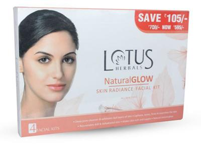 Lotus Herbals Untreated Glow Skin Radiance Facial Kit