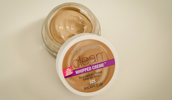 CoverGirl Clean Whipped Creme Foundation in Medium Beige Review