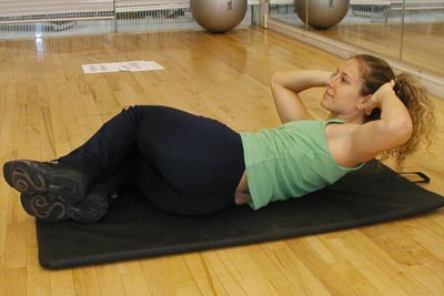 Side crunches for women