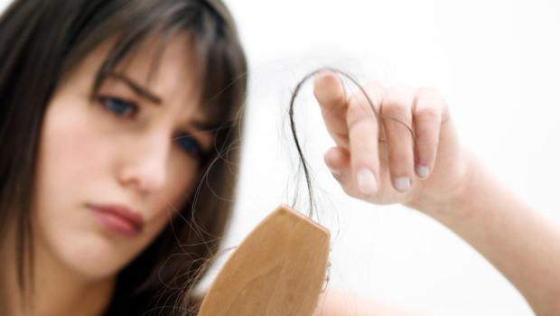 7 Natural Home Remedies to Control Hair Fall